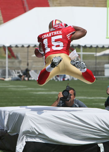 Michael Crabtree being shot by John Grieshop at the Porta-Pit