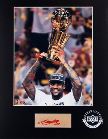 Gift-Guide-LeBron-James-UDA-Autograph-Signed-Miami-Heat-Auto-Mat-Ic-Championship-Photo
