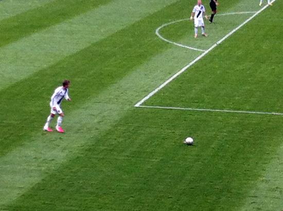 Upper-Deck-Blog-MLS-Cup-David-Beckham-Penalty-Kick