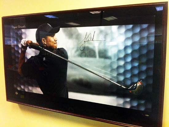 Deck-The-Halls-Upper-Deck-Authenticated-Tiger-Woods-Breaking-Through-Driver