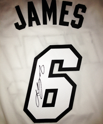 LeBron-James-Signing-3-7-13-White-Jersey-UDA