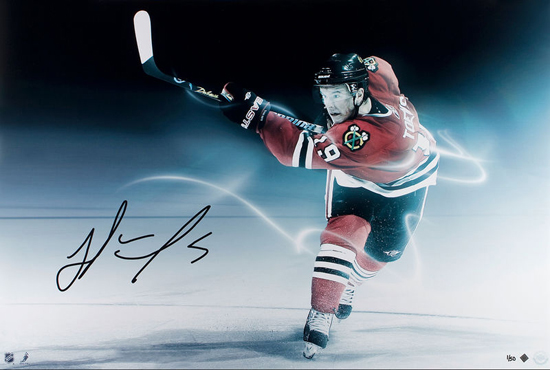 Chicago-Blackhawks-Collectible-Memorabilia-Jonathan-Toews-Autograph-UDA