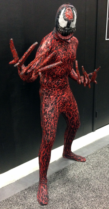 Comic-Con-San-Diego-Upper-Deck-Best-Worst-Dressed-2013-Carnage