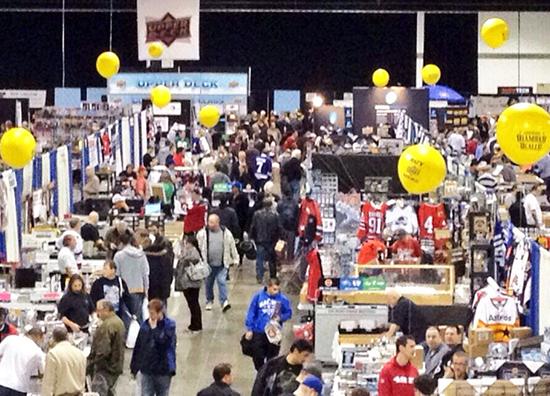Sportcard-Memorabilia-Expo-Toronto-Upper-Deck-Busy-Halls