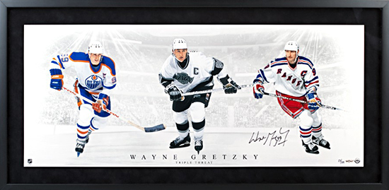 Group-Gift-Idea-Dad-Father-Upper-Deck-Authenticated-Autographed-Triple-Threat-Wayne-Gretzky-Photo