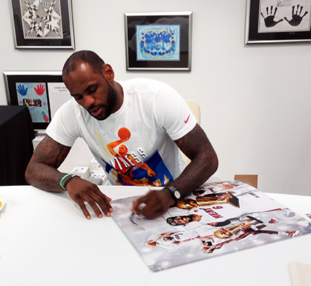 LeBron-James-Upper-Deck-Authenticated-Signing-Session-Autograph-Signature-Collect-Miami-C