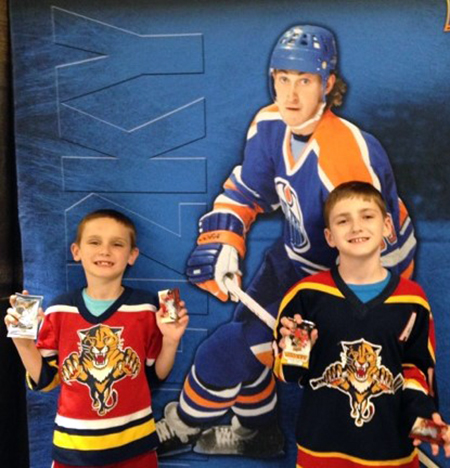2014-NHL-Draft-Upper-Deck-Booth-Happy-Kids-Collector-Florida-Panthers