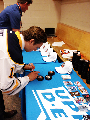 2014-NHL-Draft-Upper-Deck-Gauntlet-Sam-Reinhart-Signing-Promotional-Items-Seeing-UD-Cards