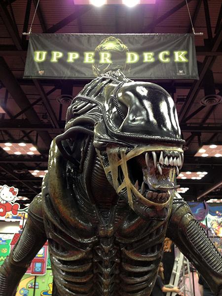 Gen-Con-Indy-Alien-Legendary-Encounters-Photo-Opp-Life-Size-UDAlien