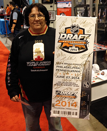 2014-Fall-Sportscard-Memorabilia-Expo-Upper-Deck-Booth-Big-Pull-NHL-Draft-Ticket