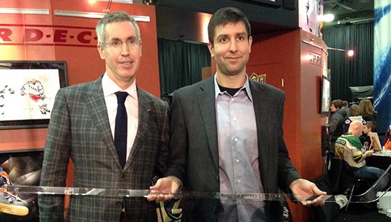 2015-NHL-All-Star-Fan-Fair-Weekend-Best-Moments-Upper-Deck-25-Year-Commemorative-Stick-1