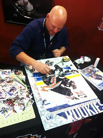 2015-NHL-All-Star-Fan-Fair-Weekend-Best-Moments-Upper-Deck-Tim-Carroll-Art-Piece-Ovechkin-3