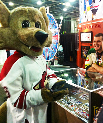 2015-NHL-All-Star-Fan-Fair-Weekend-Best-Moments-Upper-Deck-Wheel-of-Jersey-Cards-3