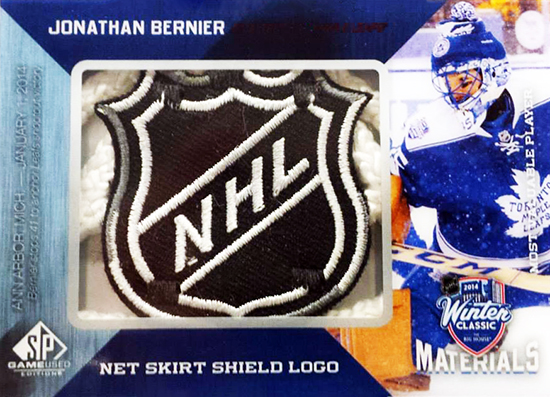 Live-2014-15-NHL-SP-Game-Used-Winter-Classic-Net-Skirt-Shield-Logo-Jonathan-Bernier