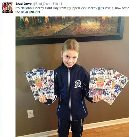 Young-Girl-Retail-National-Hockey-Card-Day-Canada
