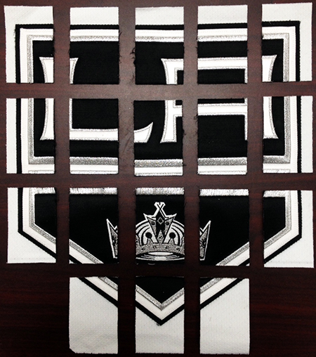 2014-15-NHL-UD-Premier-Mega-Patch-Memorabilia-Card-Los-Angeles-Kings-Jonathan-Quick-Chest-Logo-Cut