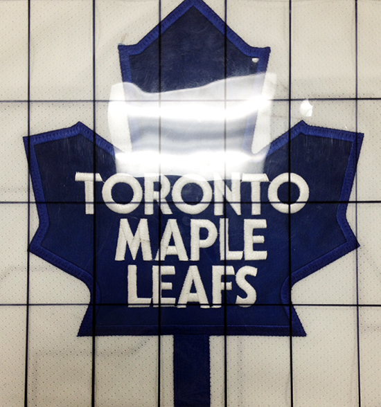 2014-15-NHL-UD-Premier-Mega-Patch-Memorabilia-Card-Toronto-Maple-Leafs-Morgan-Reilly-Chest-Logo-Grid