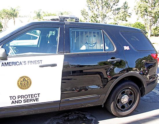 Upper-Deck-Trick-Trade-Charity-Law-Enforcement-Coach-Cardman-Arrest-2