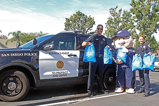 Upper-Deck-Trick-Trade-Charity-Law-Enforcement-Coach-Cardman-Full-Bags
