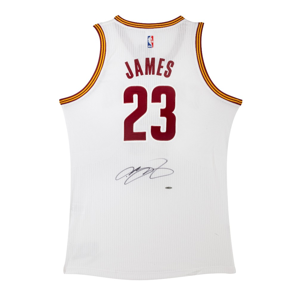 LeBron James Autographed Cleveland Cavaliers jersey