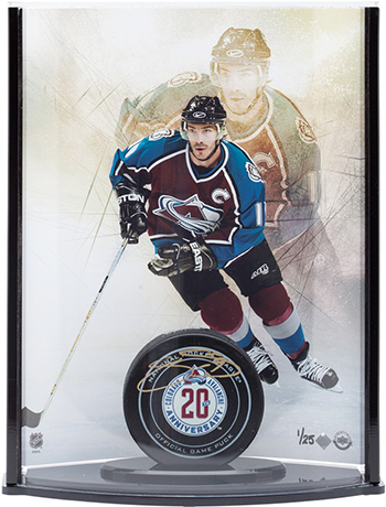 joe-sakic-autographed-20th-anniversary-puck-curve-display-upper-deck-authenticated