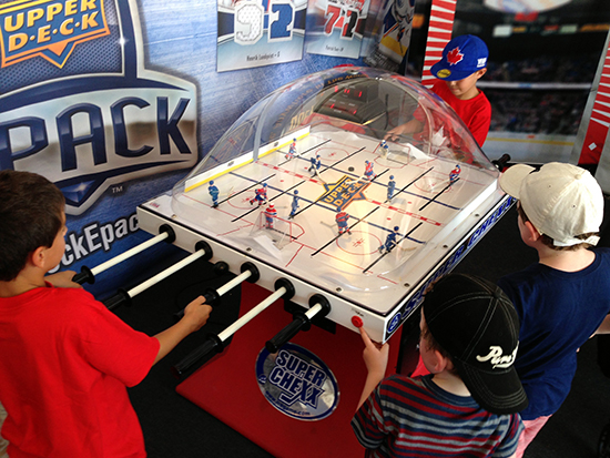 2016-upper-deck-tim-hortons-world-cup-hockey-nhl-fan-village-bubble-hockey-kids