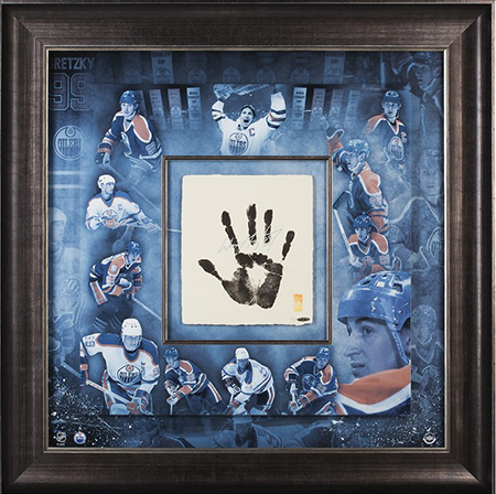 authenticated-hockey-hall-of-fame-area-collectors-zone-upper-deck-wayne-gretzky-tegata-handprint