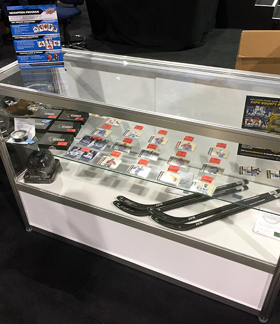 2017-upper-deck-sport-card-memorbabilia-toronto-nhl-hockey-cards-case-breaker-promotional-items-2