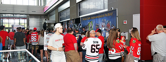 2017-nhl-draft-upper-deck-booth-autograph-session-tyler-motte-chicago-blackhawks-trade-panarin-columbus-busy-fans