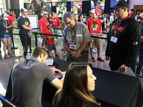 2017-nhl-draft-upper-deck-booth-autograph-session-tyler-motte-chicago-blackhawks-trade-panarin-columbus-fans