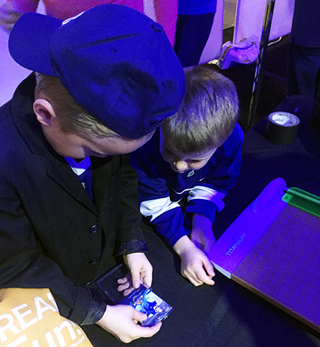 2018-NHL-All-Star-Upper-Deck-Personalized-P-Card-Kid-Fan-Marketing-toploader