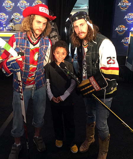 2018-upper-deck-nhl-all-star-media-day-kid-correspondent-interview-reporter--jaxson-shandler-on-the-bench