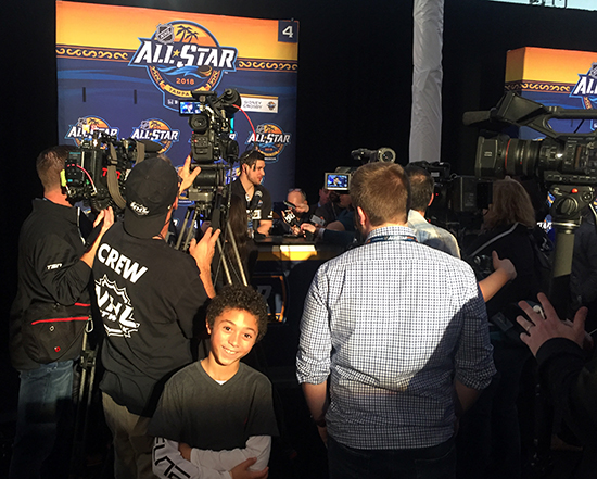 2018-upper-deck-nhl-all-star-media-day-kid-correspondent-interview-reporter-too-little-jaxson-shandler-sidney-crosby