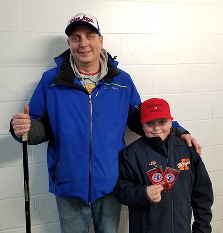 upper-deck-nhl-national-hockey-card-day-fathers-sons-canadian-dad-out-of-the-box-scott-cash