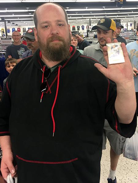 2018-upper-deck-night-dave-adams-cardworld-happy-winner-autograph-card