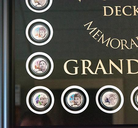 upper-deck-authenticated-grandeur-hockey-coins-display-framed-set-3