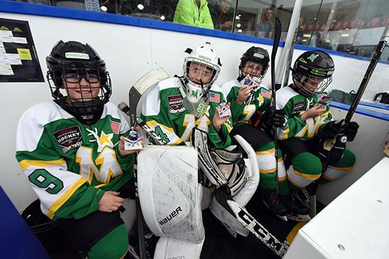 brick-hockey-tournament-edmonton-kids-collect-upper-deck-hockey-cards-7