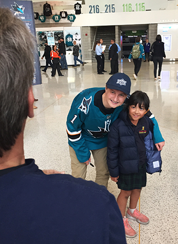 upper-deck-san-jose-sharks-hayden-bradley-young-guns-rookie-card-reveal-autograph-signing-photo-opp