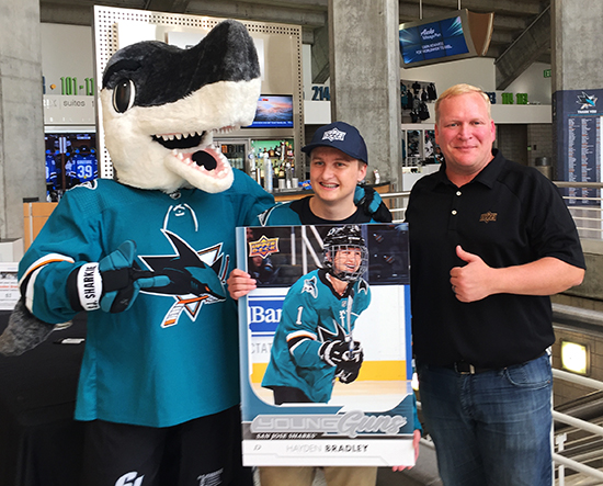 upper-deck-san-jose-sharks-hayden-bradley-young-guns-rookie-card-reveal-chris-carlin