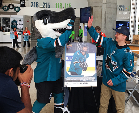 upper-deck-san-jose-sharks-hayden-bradley-young-guns-rookie-card-reveal-sharkie-high-five