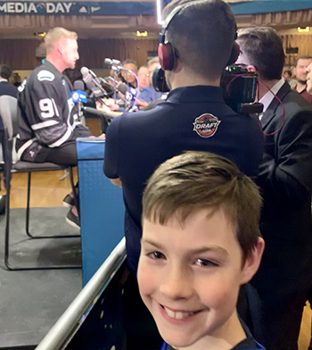 2019-upper-deck-nhl-all-star-media-day-kid-correspondent-5