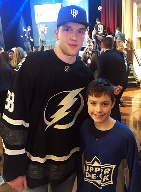 2019-upper-deck-nhl-all-star-media-day-kid-correspondent-player-andrei-vasilevskiy