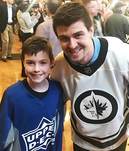 2019-upper-deck-nhl-all-star-media-day-kid-correspondent-player-mark-schiefele